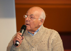 Murray Walker, F1 commentator