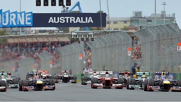 |F1 13| Mikelodelong campeón Temporada IX 2013-Australian-GP-start