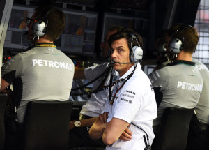 Toto Wolff_Pit Wall