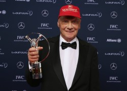 Niki Lauda wins the Laureus Lifetime Achievemant Award