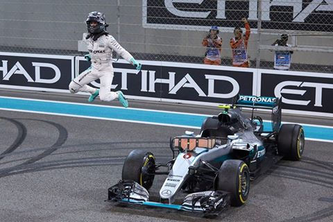 Nico Rosberg wins the Abu Dhabi grand prix