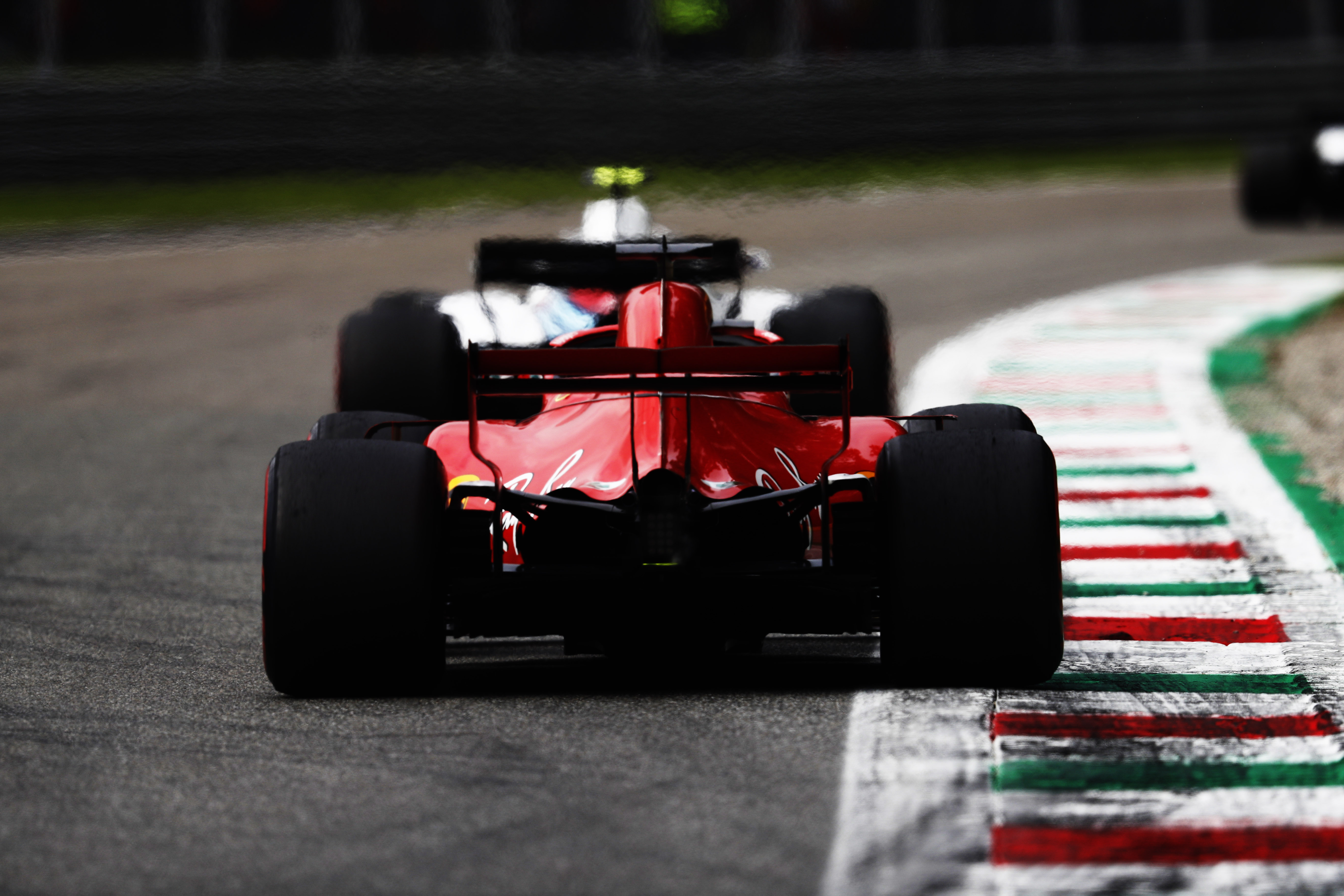 f1 2018 italian gp review hamilton snatches victory. Black Bedroom Furniture Sets. Home Design Ideas